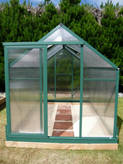 How to layout a greenhouse australia